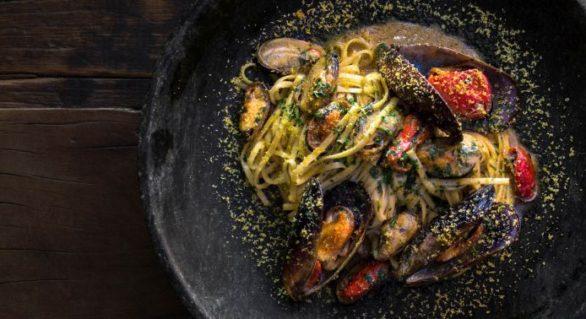 Teus Restaurante e Bar faz um ano e apresenta novidades no cardápio